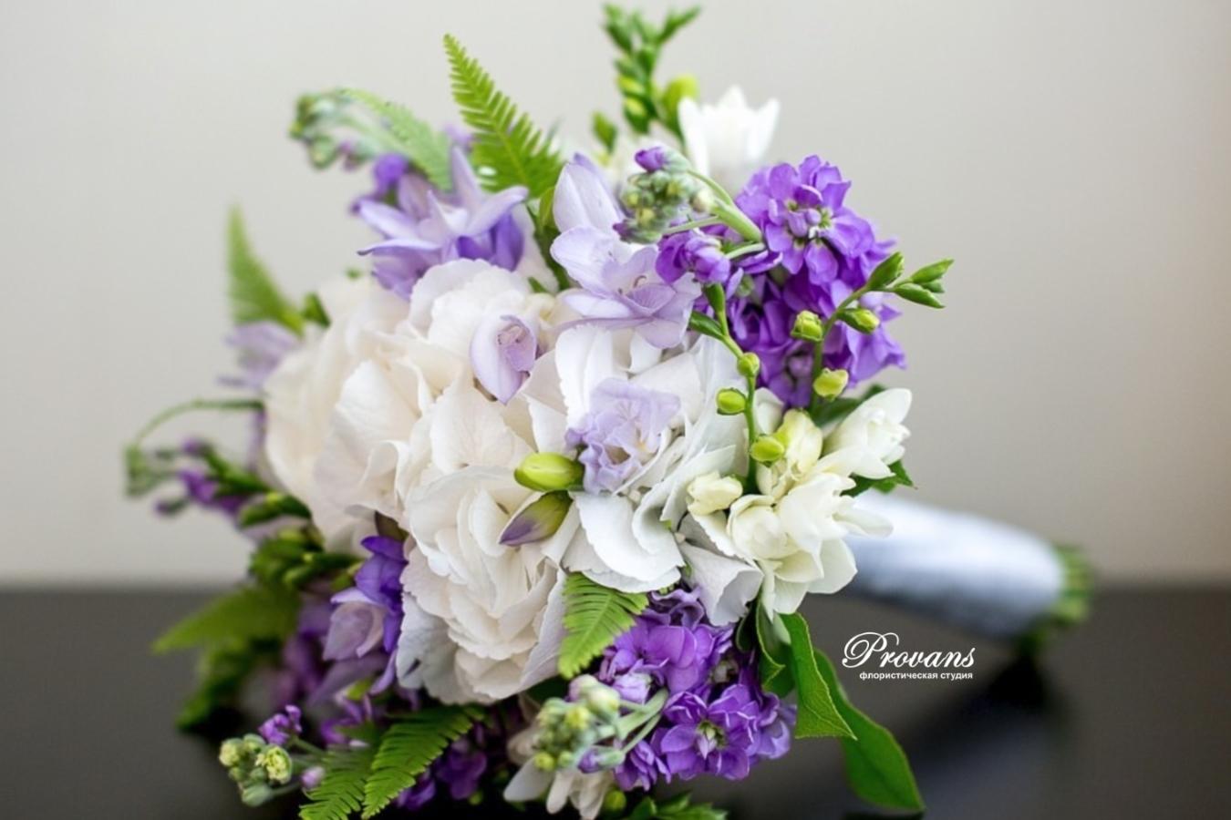 Букет невесты. Фрезия, гортензия, матиола. Сиренево-серый, Lilac Gray