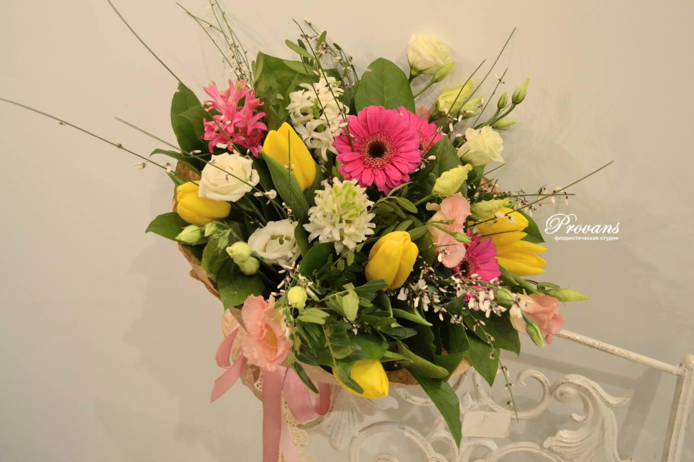 Весенний букет. Тюльпаны, герберы, гиацинт