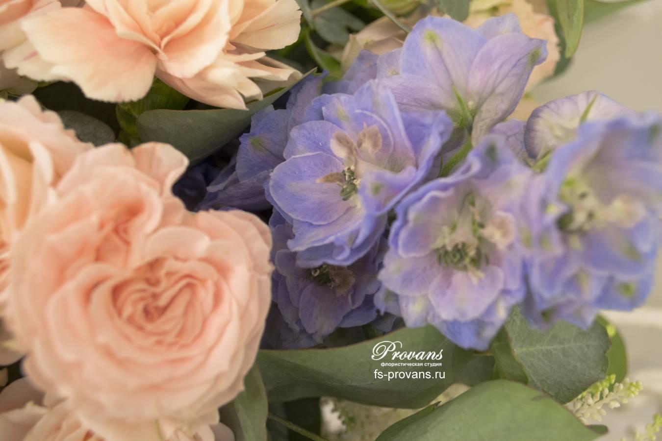 Свадебный букет. Французская роза, дельфиниум