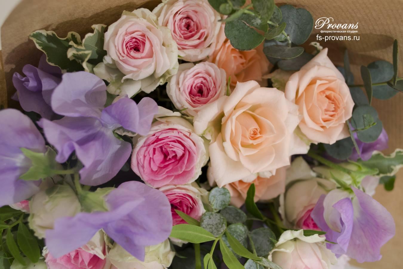 Букет-комплимент. Роза, пион, душистый горошек