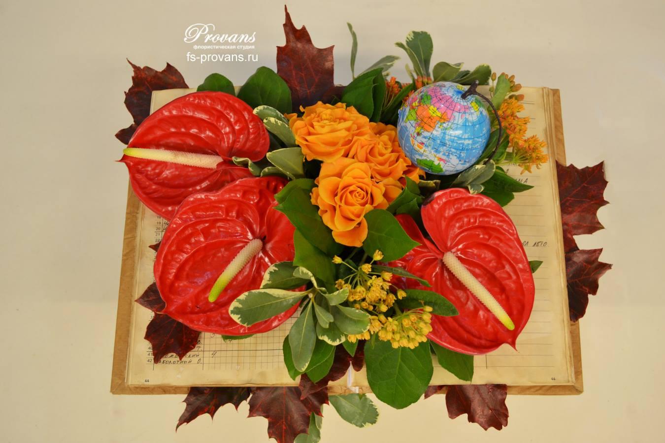 Букет на 1 сентября. Розы, антуриум, листья и декор