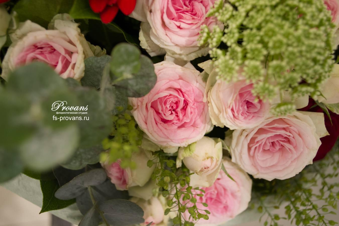 Букет на 1 сентября. Роза, гербера, роза, плоды лотоса
