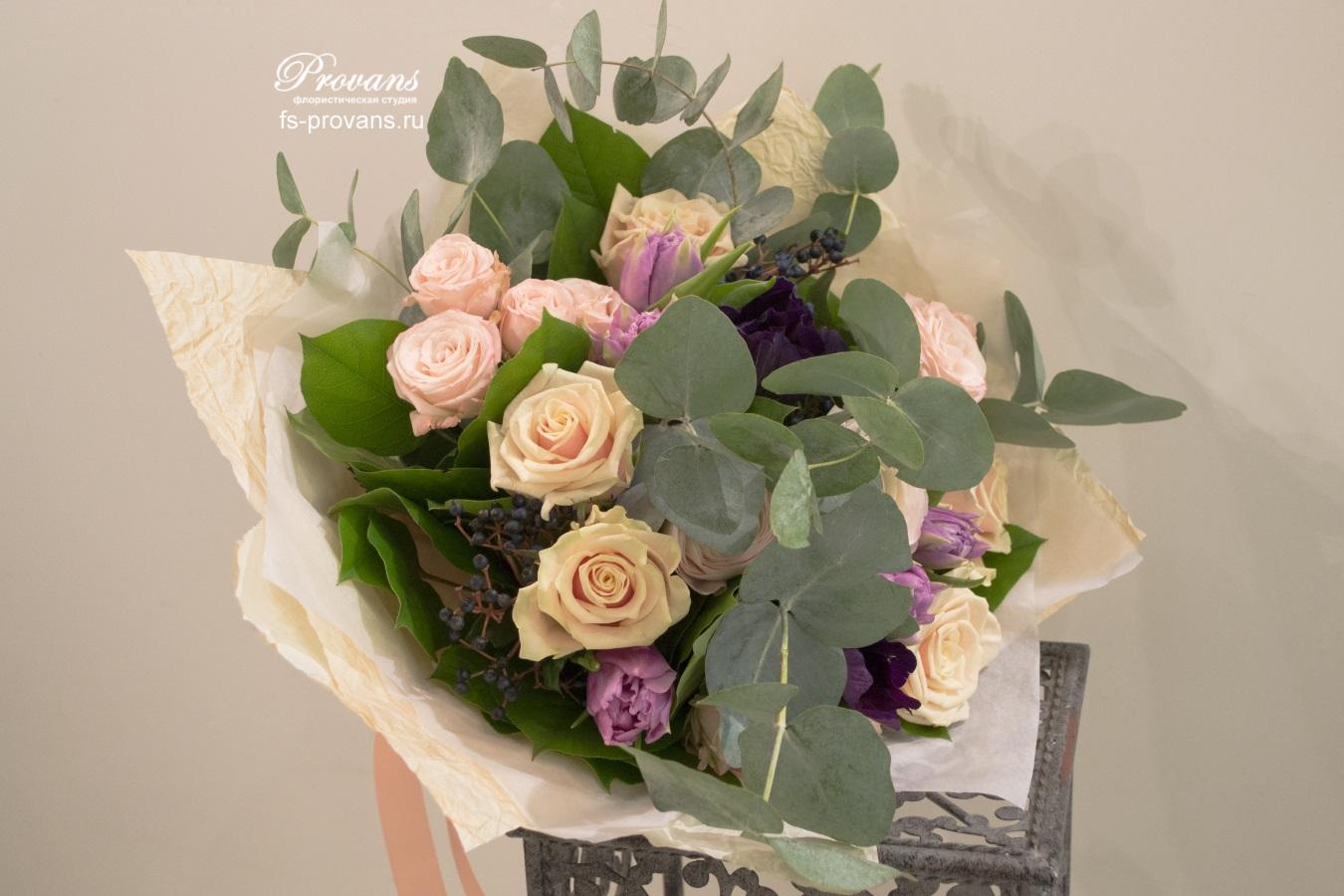 Букет на день рождения. Розы, тюльпаны, анемоны
