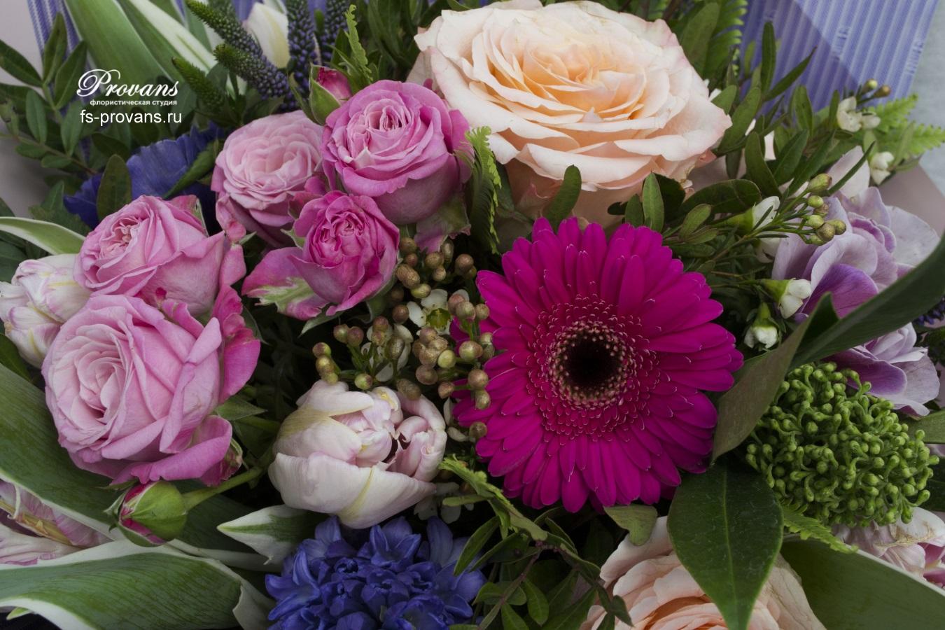 Букет на 8 марта. Роза, эустома, анемоны, тюльпаны, гербера